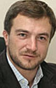 Илья Неретин