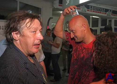 Как спивается настоящий русский человек Михаил Ефремов (фото) .